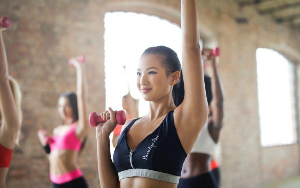 Everyday Wellness: VITAMIN C  ZINC  ELDERBERRY ECHINACEA 12 in 1 IMMUNE SUPPORT 9