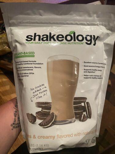 New Shakeology Cookies & Creamy 30 Day Servings Bag • Vegan • Exp 4/2022